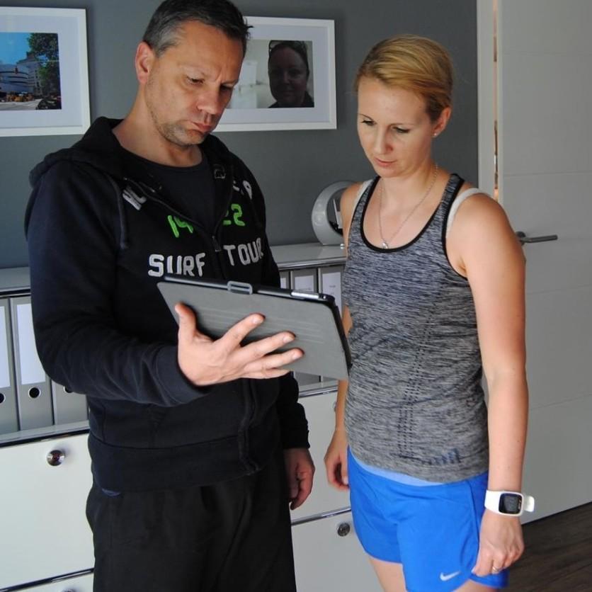 Alex zeigt Übungen